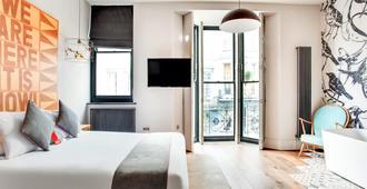 OYO Fab Guest House - Brighton - Bedroom