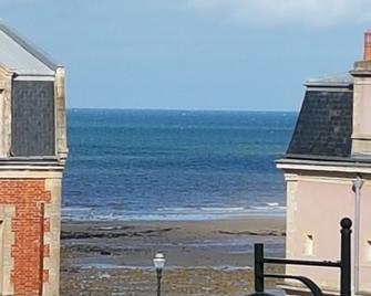 Hotel de Normandie - Saint-Aubin-sur-Mer