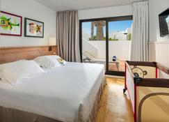 H10 Suites Lanzarote Gardens - Costa Teguise - Κρεβατοκάμαρα