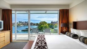 Inn at Laurel Point - Victoria - Bedroom