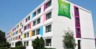 Ibis Styles Linz - לינץ
