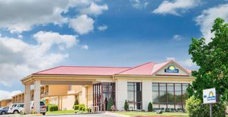 Days Inn by Wyndham Joplin - Joplin