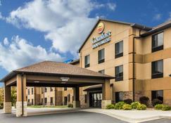Comfort Inn & Suites - Mitchell - Building