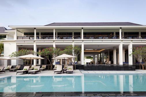 曼谷沙吞U飯店 - 曼谷 - 建築