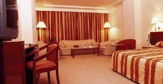 Hotel Africa - Tunis - Soverom