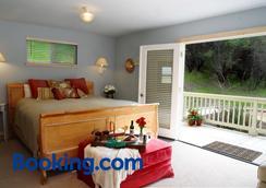 Aurora Park Cottages - Calistoga - Bedroom