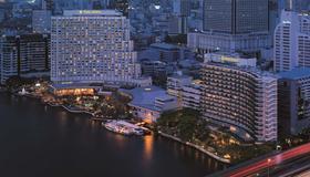 Shangri-La Bangkok - Bangkok - Vista del exterior