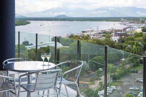 Piermonde Apartments - Cairns - Cairns - Balcony