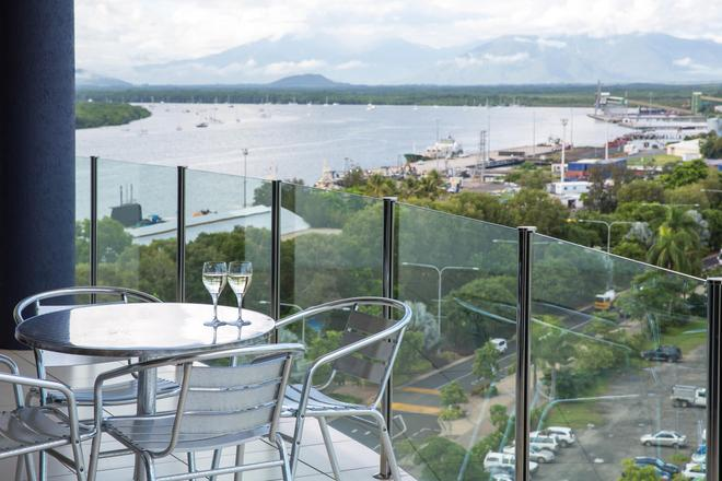 Piermonde Apartments - Cairns - Cairns - Balcony