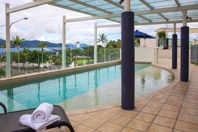 Piermonde Apartments - Cairns - Cairns - Pool