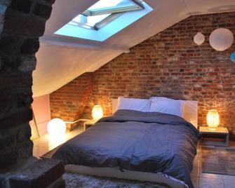 Les studios de la grand Place - Tournai - Bedroom