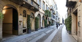 Italianway - Fiori Chiari - Milan - Outdoor view