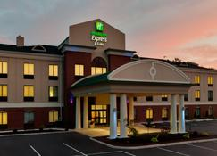 Holiday Inn Express & Suites White Haven - Poconos - White Haven - Building
