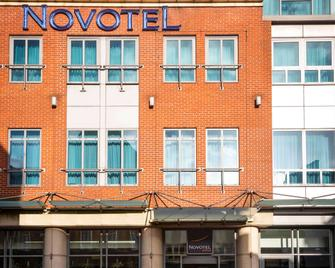Novotel Reading Centre - Reading - Building