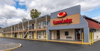 Econo Lodge North - Charlottesville
