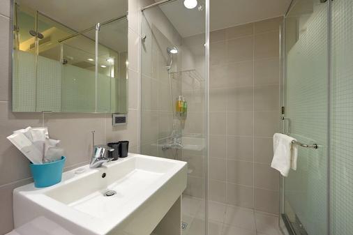 Hommie Inn - Taichung - Bathroom