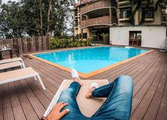 Am Hotel Kollection The Summer House - Pachmarhi - Pool