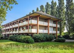 Campanile Hotel Leeuwarden - Leeuwarden - Bygning