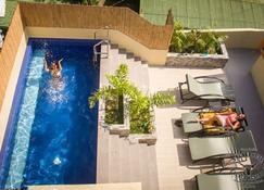 Papa Freds Beach Resort - Puerto Galera - Pool