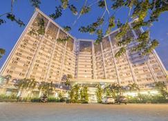 샤리아 호텔 솔로 - 수라카르타 - 건물