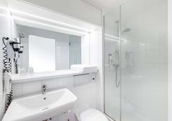 Ibis Frankfurt Messe West - Frankfurt/ Main - Phòng tắm