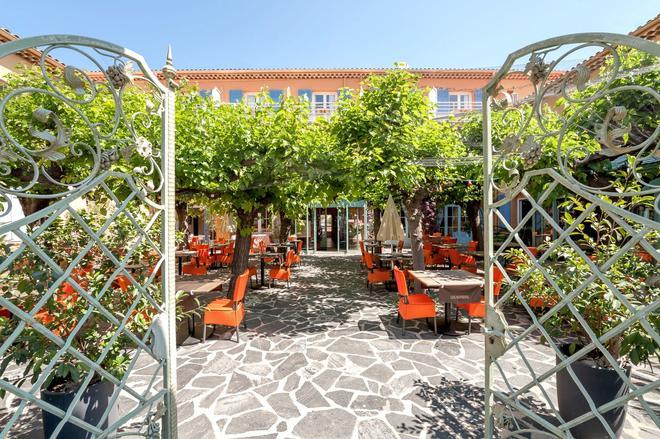 Hôtel Le Provençal - Sainte-Maxime - Patio
