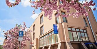 Hotel Oko - Nitra - Building