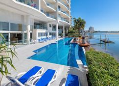 The Duporth Riverside - Maroochydore - Pool