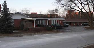 Parkview Motel - Гвельф - Здание