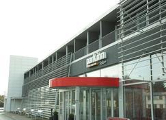 Park Inn Haugesund Airport Hotel - Haugesund - Building