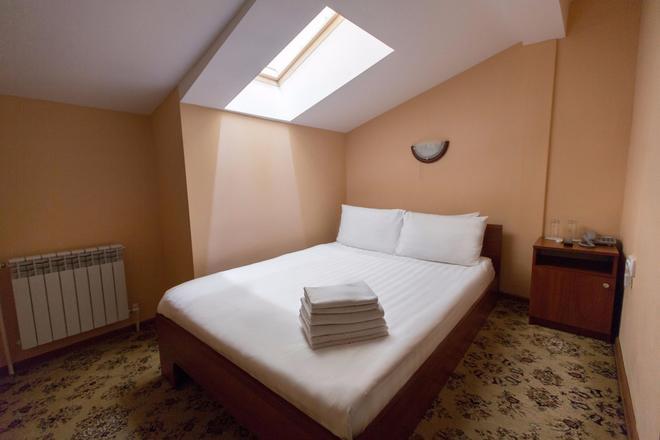 Matreshka Hotel - Moscow - Bedroom