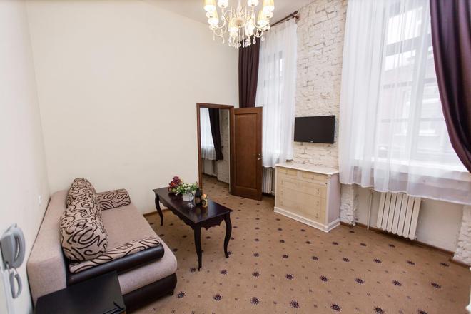 Matreshka Hotel - Moscow - Living room