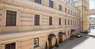 Matreshka Hotel - Moscow - Building