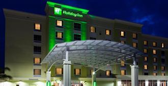 Holiday Inn Sarasota-Airport - Sarasota - Building