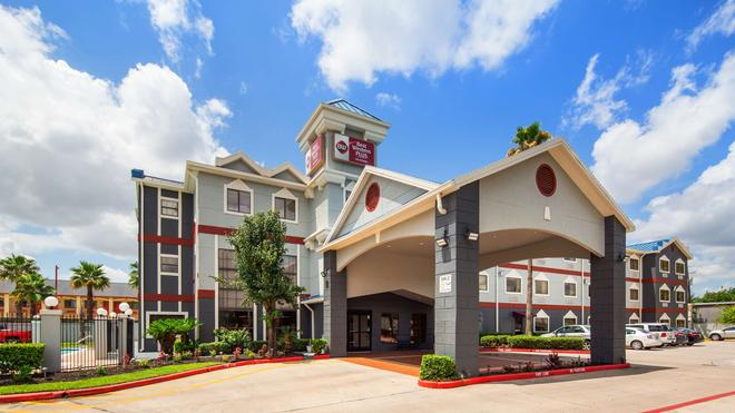 Best Western Plus Northwest Inn & Suites - Houston - Rakennus