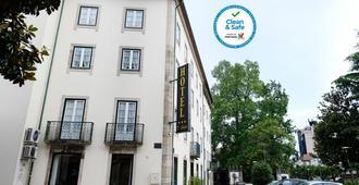 Hotel Dona Sofia - Braga - Building