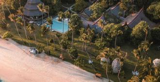 Nay Palad Hideaway - General Luna - Outdoors view