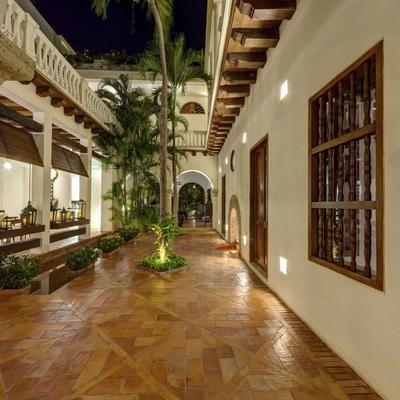 Hotel Quadrifolio - Cartagena - Patio