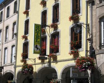 Hôtel Du Cheval De Bronze - Remiremont - Building