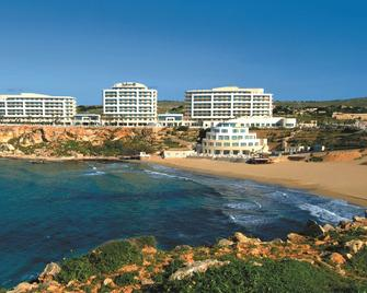 Radisson Blu Golden Sands Resort & Spa, Golden Bay - Mellieħa - Building