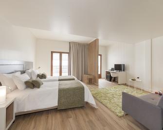 Porta Da Arrábida Suites - Palmela - Bedroom