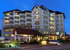 Hotel De'la Ferns, Cameron Highlands - Bringchang - Building