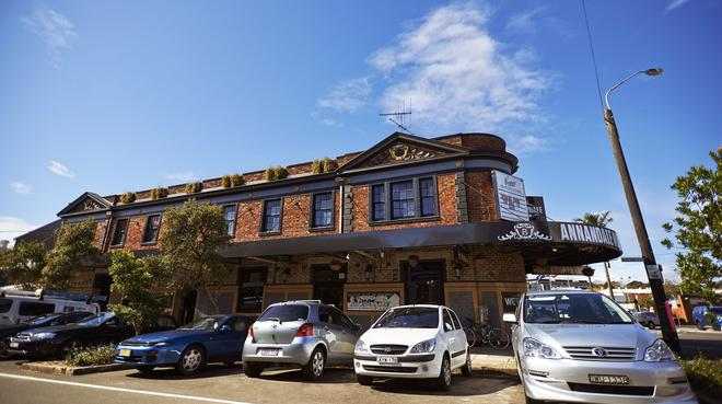 Annandale Hotel - Sydney - Building
