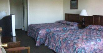 Desert Inn Motel - Barstow - Bedroom