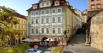 Hotel Golden Star - Prague - Outdoor view