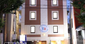 T&k Hostel Kobe Sannomiya East - Kōbe - Rakennus