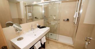 Gran Hotel Sardinero - Thành phố Santander - Phòng tắm