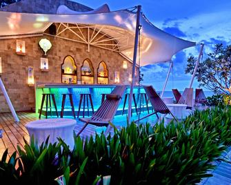 Marrakesh Hua Hin Resort & Spa - Hua Hin - Piscina