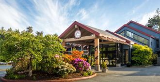 Best Western Plus Tin Wis Resort - Tofino - Gebäude