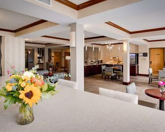 Best Western Plus River Escape Inn & Suites - Dillsboro - Ресторан